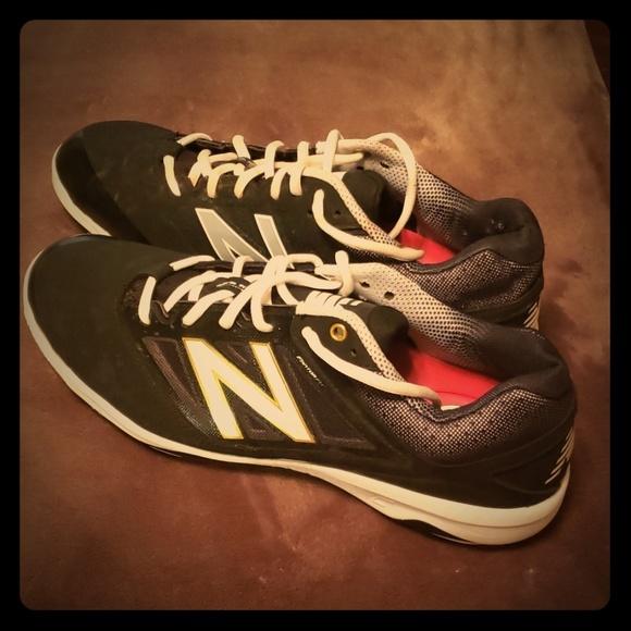 2f05b762ff NewBalance Baseball Cleats (men's)